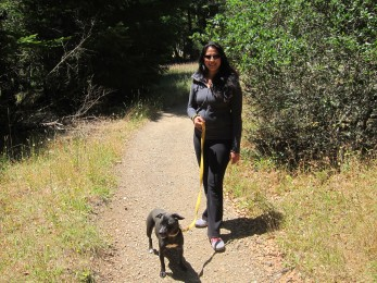 Andrea and Lucy on the trail